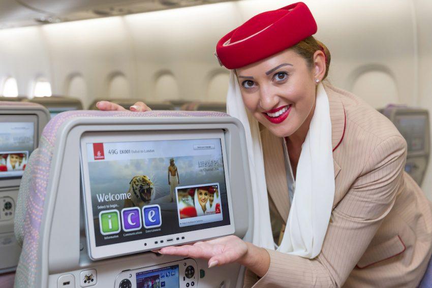 يستمتع الركاب في جميع الدرجات بنظام طيران الإمارات الفريد للمعلومات والاتصالات والترفيه الجوي ice، الحائز جوائز عالمية والذي يوفر أكثر من 2500 قناة سمعية وبصرية، تعرض الأفلام الكلاسيكية والحديثة والوثائقية والموسيقى والأغاني، وألعاب الفيديو.