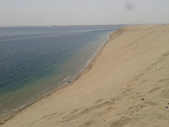 موقع سفاري بالصور شاطئ نصف القمر من من اجمل شواطئ السعودية سياحة